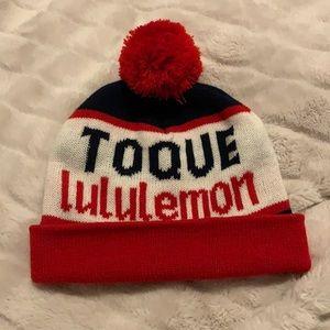 Vintage lululemon pom-pom toque/ winter hat